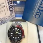 Seiko Automatic Diver SKX009K2 Dark Black Dial - Jubilee Bracelet