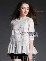 เสื้อผ้าแฟชั่นเกาหลี Lady Ribbon's Made Lady Amy Bohemian Flower and Lace Embroidered Cotton Blouse