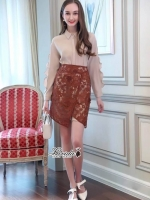 เสื้อผ้าแฟชั่นเกาหลี Lady Ribbon Thailand Korea Design By Lavida Creamy shirt collar lace skirt set code8193