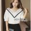 Lady Ribbon เสื้อผ้าเกาหลี LR16140716 &#x1F380 Lady Ribbon's Made &#x1F380 Lady Analeigh Sweet Chic Monochrome Lace and Cotton Blouse เสื้อคอตตอน thumbnail 3