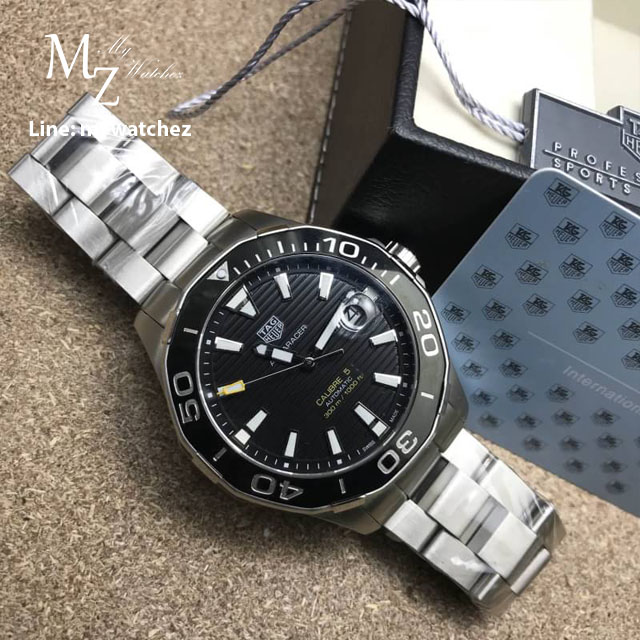 Tag Heuer AQUARACER 300 M Calibre 5 Ceramic Bezel Black Dial - Automatic