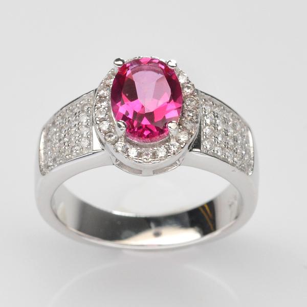 แหวนพลอยแท้ แหวนเงินแท้ 925 ชุบทองคำขาว พลอยโทแพซสีชมพู (Pink Topaz) ตกแต่งด้วยเพชร CZ