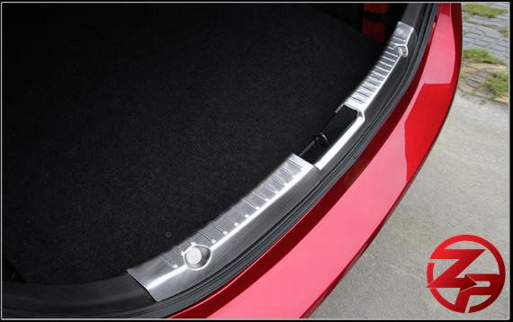 กันรอยท้ายด้านใน Mazda 3 (Sedan)