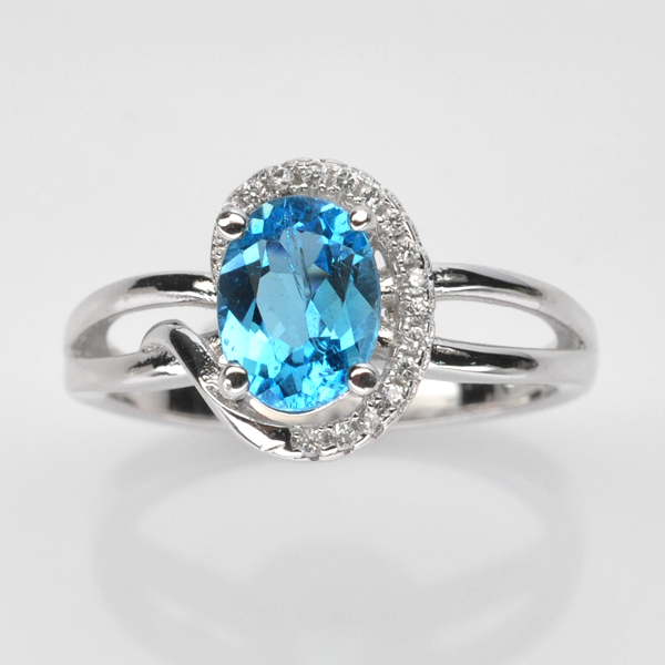 แหวนพลอยแท้ แหวนเงิน925 พลอย สวิสบลูโทปาส ประดับเพชร CZ ชุบทองคำขาว