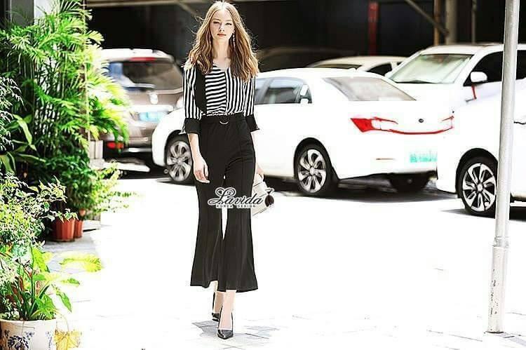 เสื้อผ้าแฟชั่นเกาหลี Lady Ribbon Thailand Korea Design By Lavida Fashionable striped printing jumpsuit code1814