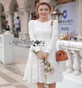 Dress เดรสผ้าลูกไม้สีขาว