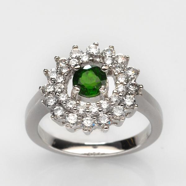 แหวนพลอยแท้ แหวนเงิน925 ชุบทองคำขาว ฝังพลอยโครมไดออกไซด์ ล้อมด้วยเพชร CZ