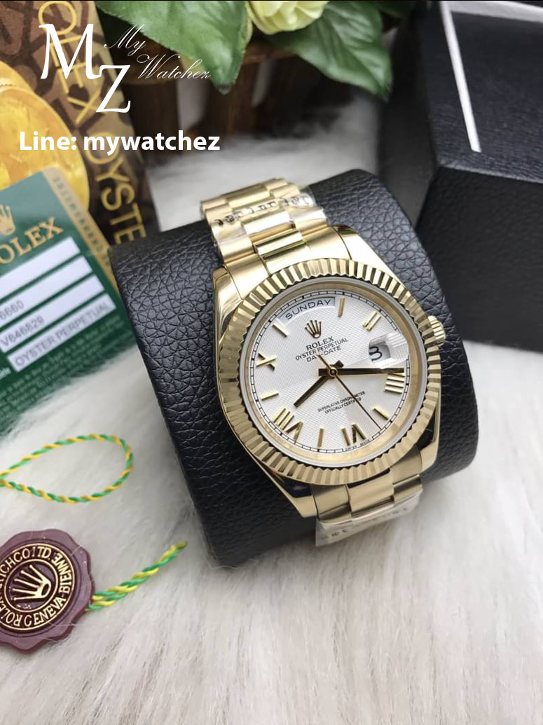 Rolex Day-Date Yellow Green Roman Dial Ref:228235