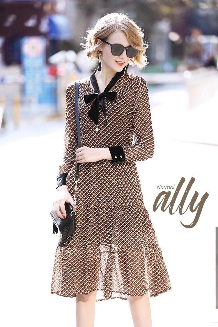 เสื้อผ้าแฟชั่นเกาหลี Lady Ribbon Thailand Normal Ally Present Boutique and classy dress