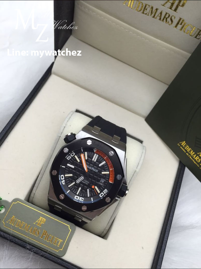 Audemars Piguet 15707CE.OO.A002CA.01 - Black Dial and Orange/Stainless