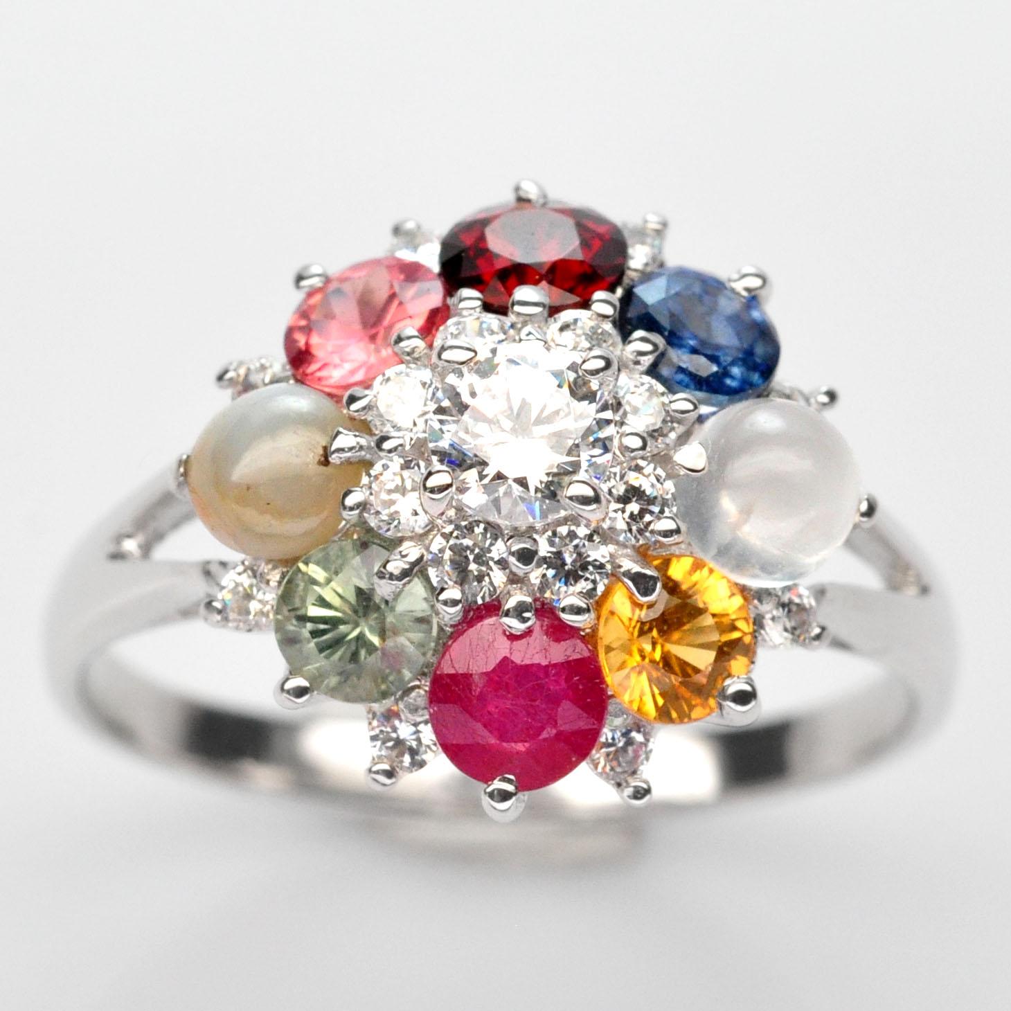แหวนนพเก้า ทรงพุ่ม แหวนพลอยแท้ เงินแท้