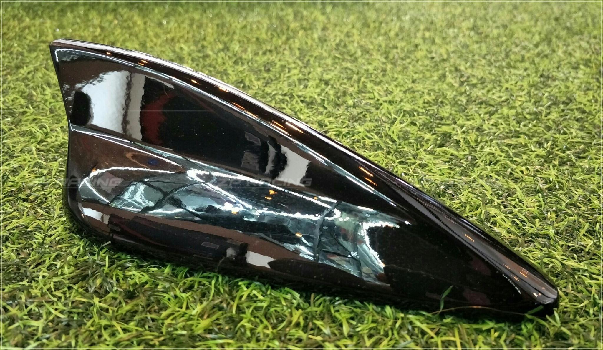 เสาอากาศครีบฉลาม Mazda 3 ทรงศูนย์ สีดำ Black Mica