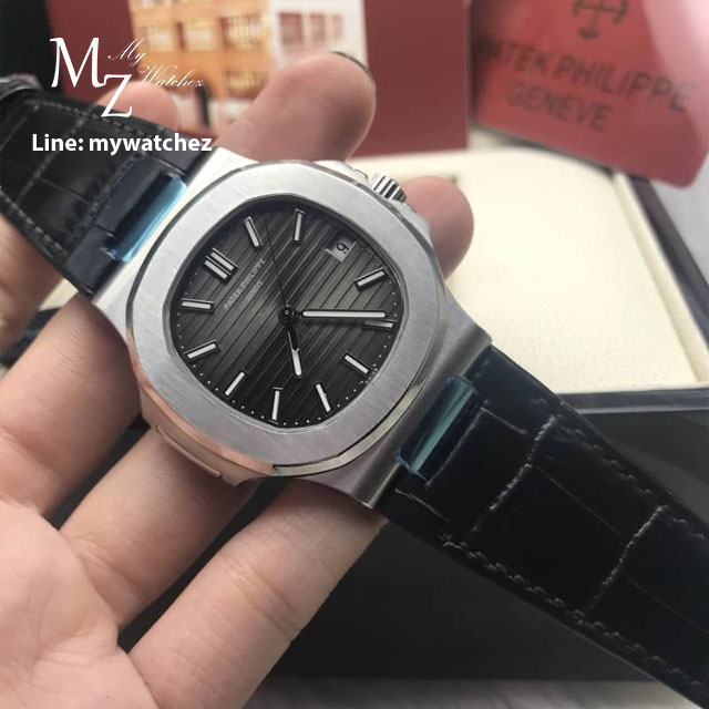 Patek Philippe 5711/1A-010 Stainless Leather Strap - Grey Dial