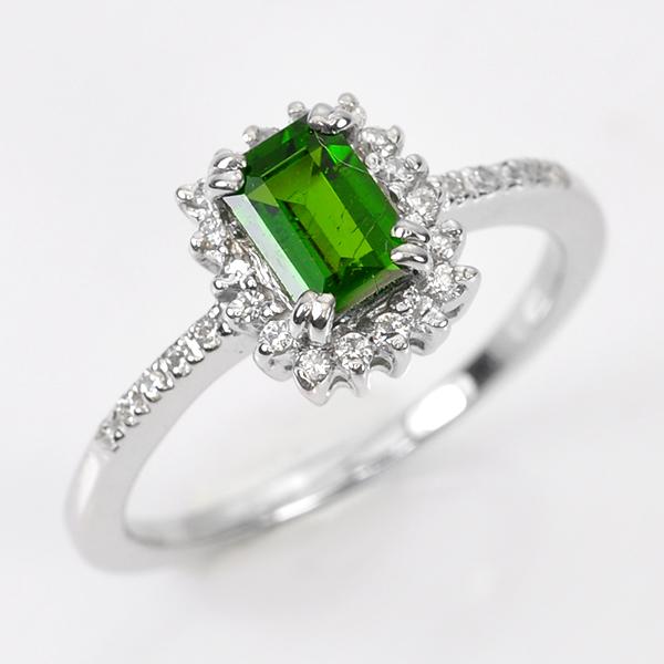 แหวนพลอยเขียว ตัวเรือนเงินชุบทองคำขาว