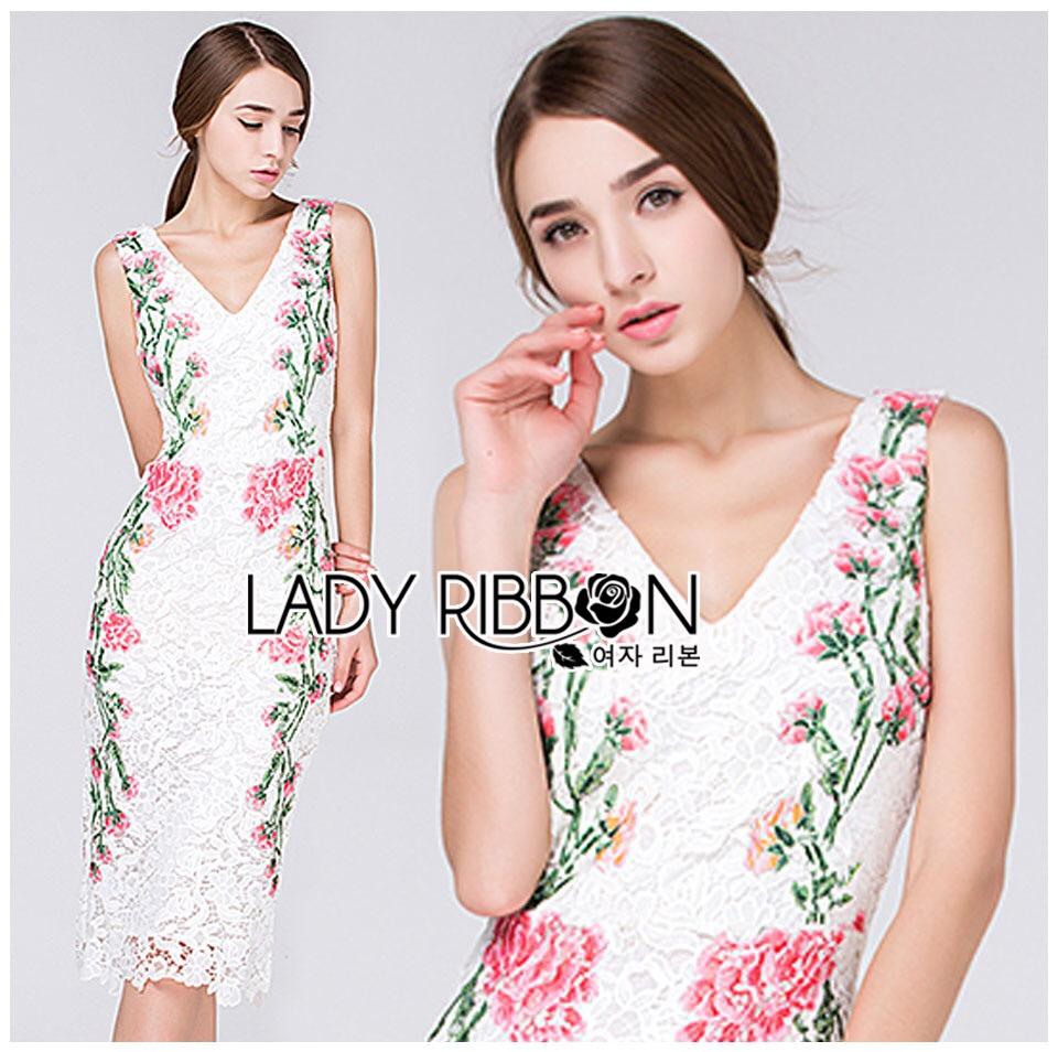 Dress เดรสผ้าลูกไม้ทรงบอดี้คอนตกแต่งลายดอกไม้สีชมพู