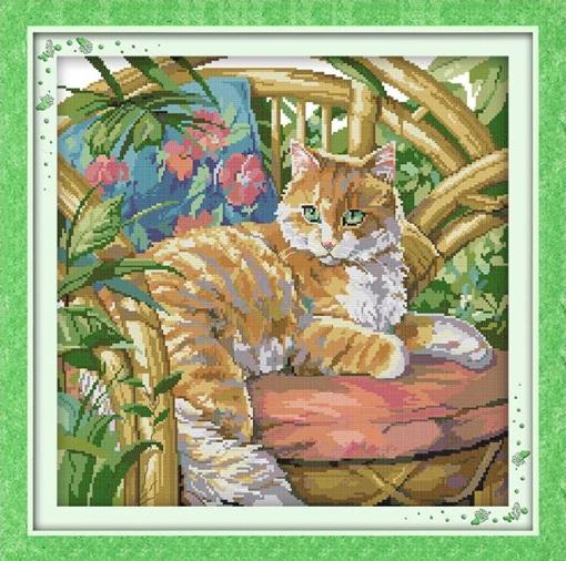 Cat on the chair (ไม่พิมพ์/พิมพ์ลาย)