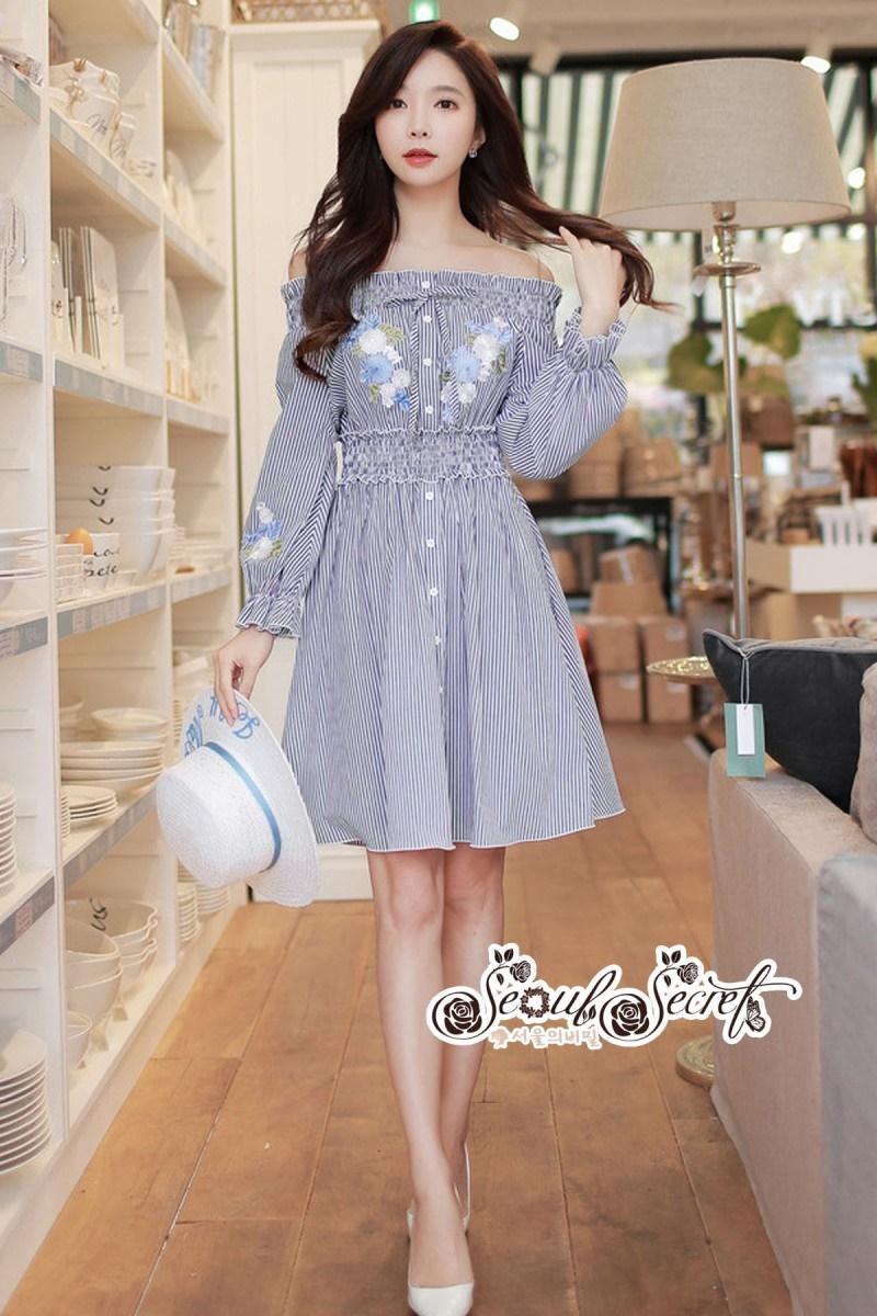 เสื้อผ้าแฟชั่นเกาหลี Lady Ribbon Thailand Seoul Secret Say'...Erin Off Shoulder Breakdown Flower Pattern Dress