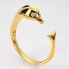แหวนทองปลาโลมา ประดับเพชร