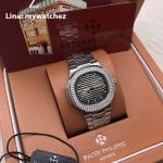 Patek Philippe 5713/1G-010 Grey Dial - Stainless Bracelet