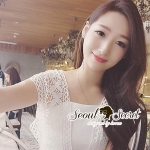 Seoul Secret Say's... Monaliss Blossom Lace V Blouse