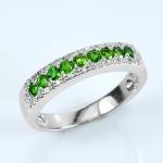 แหวนพลอยมรกตแท้ ตัวเรือนเงินแท้ชุบทองคำขาว ประดับเพชรรัสเซีย
