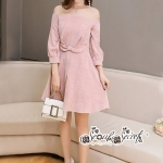 เสื้อผ้าแฟชั่นเกาหลี Lady Ribbon Thailand Seoul Secret Say'...Sweet Allure Off-Shoulder Pink Nude Velvet Dress