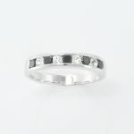 แหวนพลอยนิล