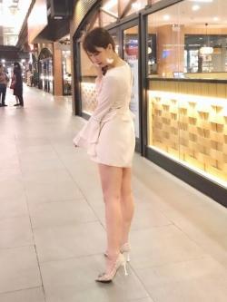 เสื้อผ้าแฟชั่นเกาหลี Normal Ally Present Boutique and classy playsuit
