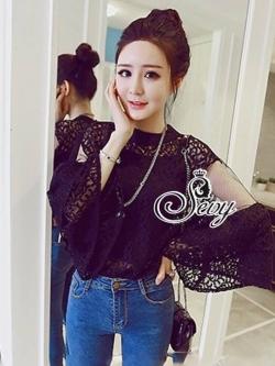 เสื้อผ้าแฟชั่นเกาหลี Sevy Wide Long Sleeve See-through Leave Lace Blouse