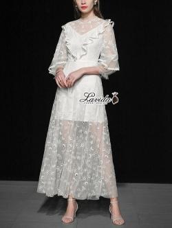 เสื้อผ้าแฟชั่นเกาหลี Lady Ribbon Thailand Korea Design By Lavida Elegant floral lace ivory maxi dress