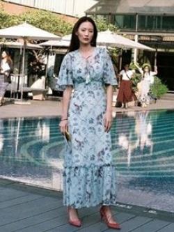 เสื้อผ้าแฟชั่นเกาหลี Lady Ribbon Thailand Korea Design By Lavida Aristocrat blossom printed maxi dress code3008