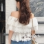 เสื้อผ้าแฟชั่นเกาหลี Lady Ribbon Thailand Seoul Secret Say'...White Open Shoulder Waist Lycra Lace T-Shirt thumbnail 3