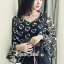 เสื้อผ้าแฟชั่นเกาหลี Seoul Secret Say's... Chiffon Two Tone Flora Bell Blouse thumbnail 2
